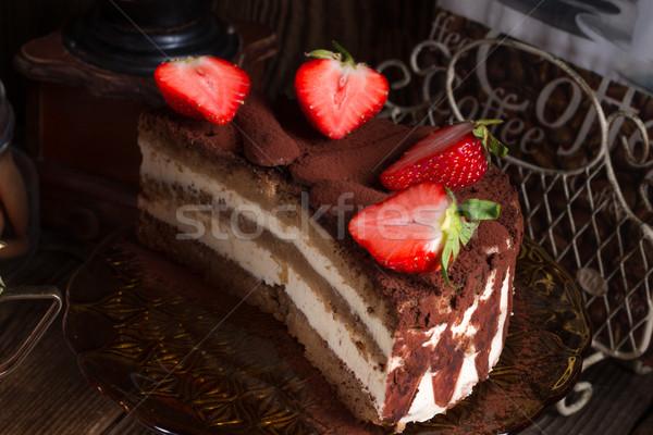 Tiramisu aardbeien vruchten cake restaurant diner Stockfoto © Dar1930