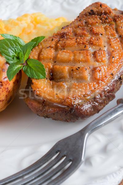 Kaz meme fileto Paskalya restoran kırmızı Stok fotoğraf © Dar1930