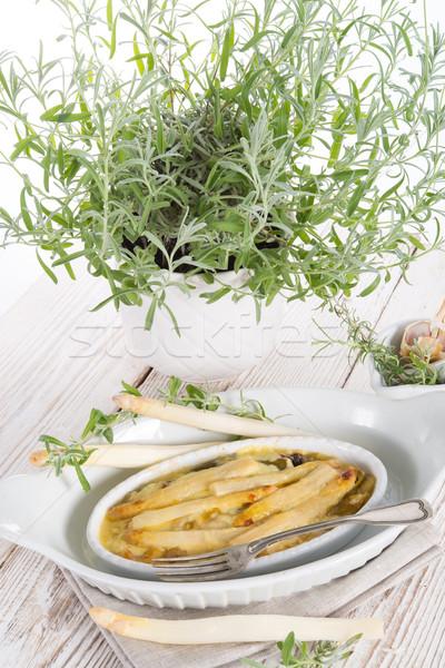 Szparagów por restauracji tabeli ser obiedzie Zdjęcia stock © Dar1930