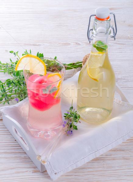 Frisdrank glas oranje leuk bladeren ontspannen Stockfoto © Dar1930