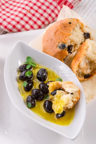 Antipasti olives bois vert pain noir Photo stock © Dar1930