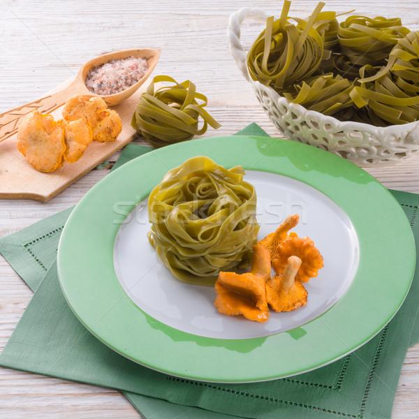 Tagliatelle gıda yaprak arka plan yeşil peynir Stok fotoğraf © Dar1930