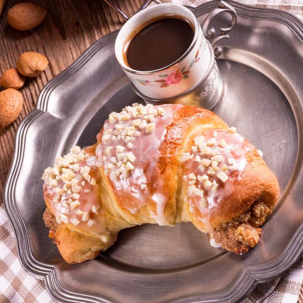 Croissants Pasen plaat ontbijt Europa lunch Stockfoto © Dar1930