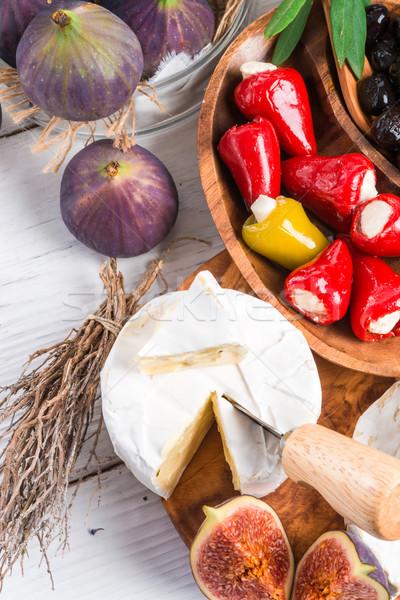 мягкой сыра закуски лист зеленый красный Сток-фото © Dar1930