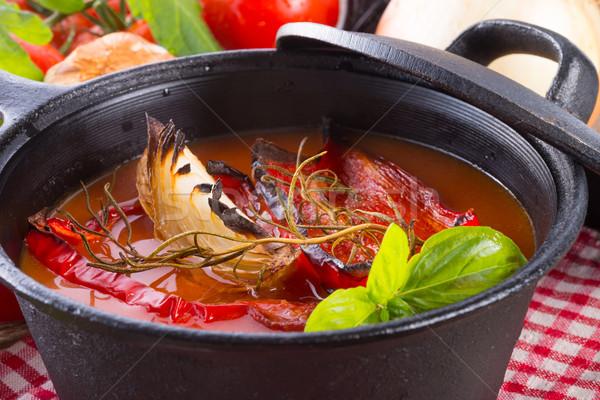 Sopa de tomate comida fundo vermelho legumes alimentação Foto stock © Dar1930