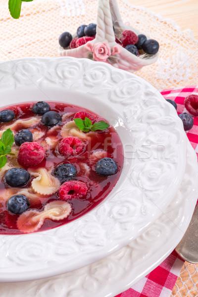 Frio fruto sopa folha saúde suco Foto stock © Dar1930