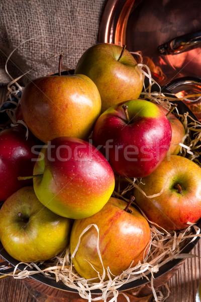 Taze sonbahar elma sepet gıda meyve Stok fotoğraf © Dar1930