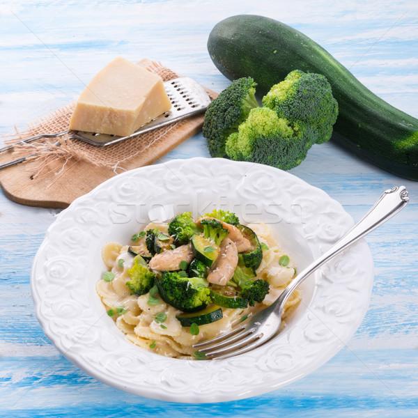 Pasta zucchine broccoli sfondo cena forcella Foto d'archivio © Dar1930