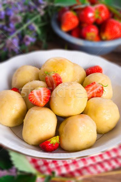 Fraises alimentaire fruits été dîner fraise Photo stock © Dar1930
