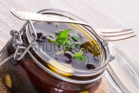 Antipasti olive legno verde pane nero Foto d'archivio © Dar1930
