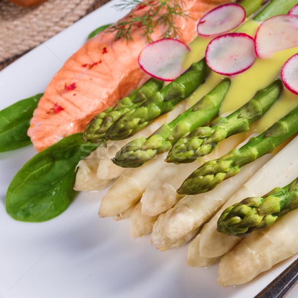 Stok fotoğraf: Kuşkonmaz · somon · balık · çatal · beyaz · öğle · yemeği