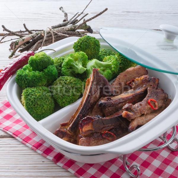 Alla griglia costola broccoli ristorante verde piatto Foto d'archivio © Dar1930