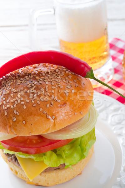 Hamburger yeşil bar içmek peynir akşam yemeği Stok fotoğraf © Dar1930