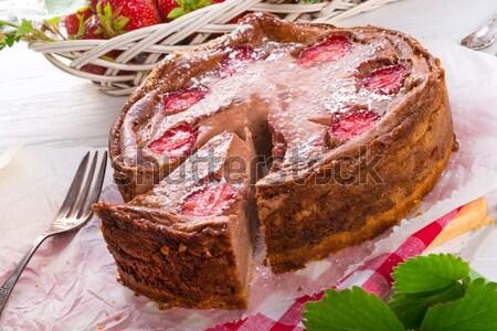 Сток-фото: шоколадом · клубника · фрукты · торт · сыра