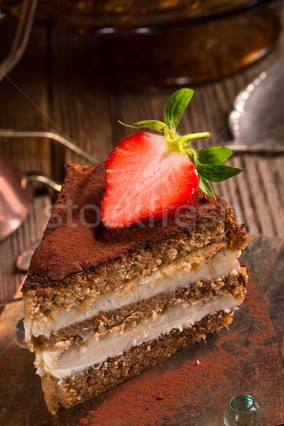 Tiramisu fresas frutas torta restaurante cena Foto stock © Dar1930