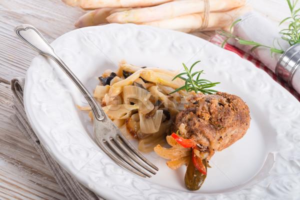Carne oliva comida vaca vermelho prato Foto stock © Dar1930