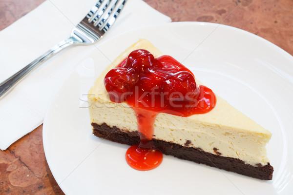 Sajttorta darab gyümölcs torta étterem eper Stock fotó © darkkong