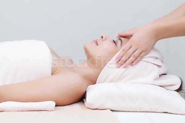 アジア 少女 スパ 美しい ベッド 顔 ストックフォト © darkkong