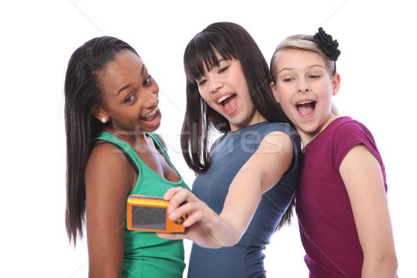 Tienermeisjes leuk zelfportret fotografie digitale camera drie Stockfoto © darrinhenry