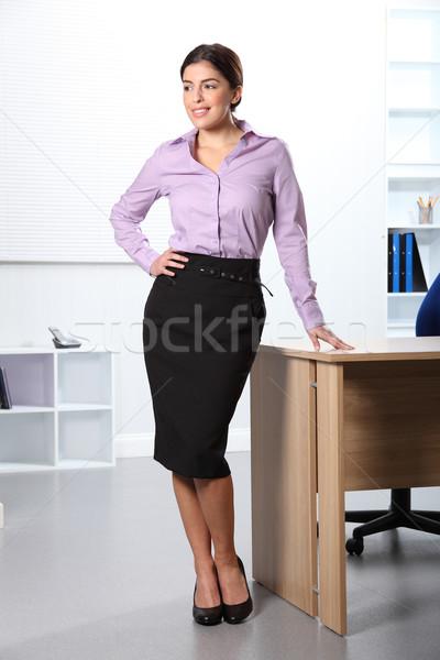 Gelukkig glimlachend kantoor secretaris vrouw werk Stockfoto © darrinhenry