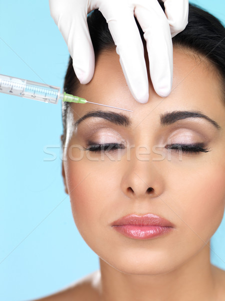 Foto stock: Beleza · azul · bela · mulher · injeção · de · botox · cara · médico