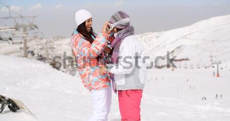 Jugando nieve esquí Resort sesión Foto stock © dash