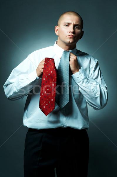 Işadamı genç kravat iş çalışmak Stok fotoğraf © dash