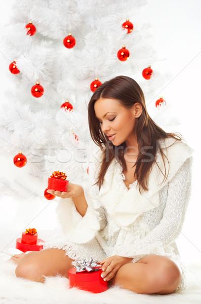 Mooie christmas jaren mooie vrouw kerstboom witte Stockfoto © dash