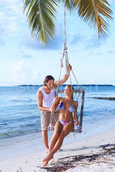 Paar palmboom romantische vrouw strand Stockfoto © dash