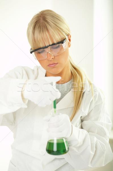 Feminino lab trabalhador teste mulheres óculos Foto stock © dash