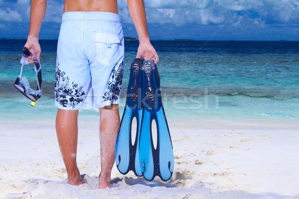 Homem bonito Maldivas praia barbatana tubo Foto stock © dash
