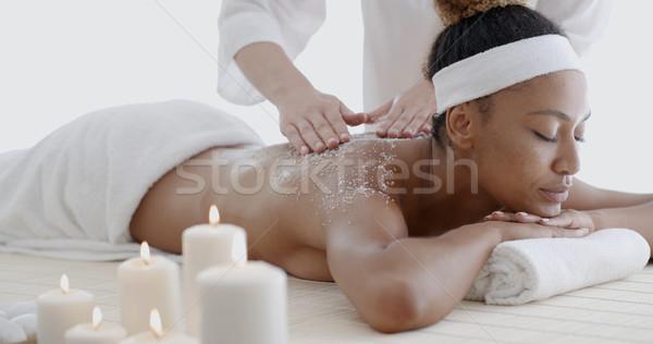Kobieta leczenie uzdrowiskowe piękna czarnej kobiety ciało Zdjęcia stock © dash