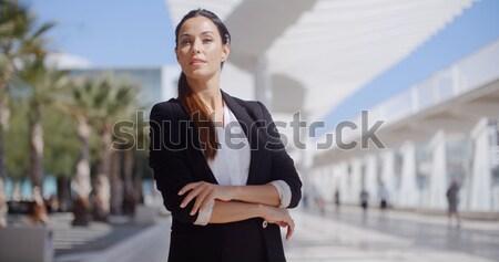 Stockfoto: Mooie · vrouw · vergadering · naast · voetganger · mooie · zakenvrouw