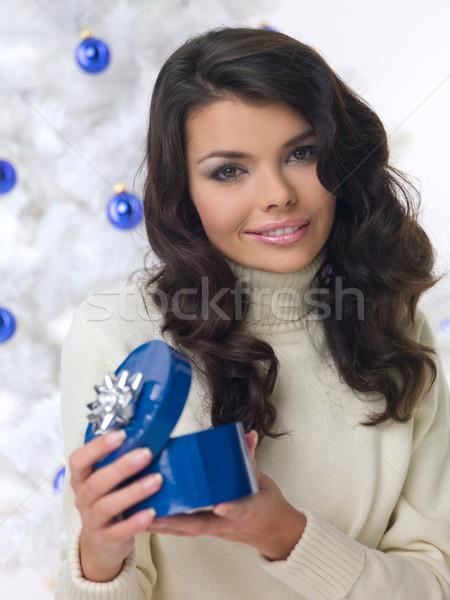 Mavi Noel civciv güzel bir kadın noel ağacı beyaz Stok fotoğraf © dash