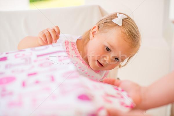 Izgatott cuki születésnap ajándék szabadtér buli Stock fotó © dash