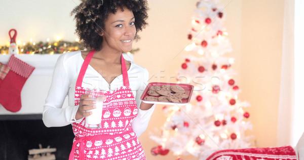 Stockfoto: Cute · jonge · vrouw · melk · cookies · feestelijk