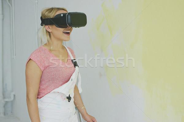 Stockfoto: Jonge · vrouw · virtueel · realiteit · hoofdtelefoon · jonge · creatieve