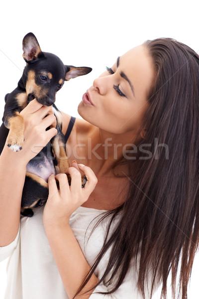 Mooie vrouw kus puppy mooie lang haar Stockfoto © dash