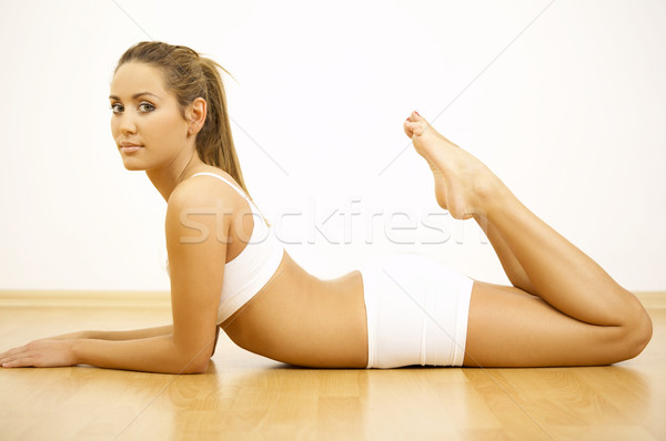 Fitness temps jeunes belle femme fille Photo stock © dash