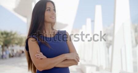 Fiatal nő álomszerű káprázatos áll kint fehér Stock fotó © dash