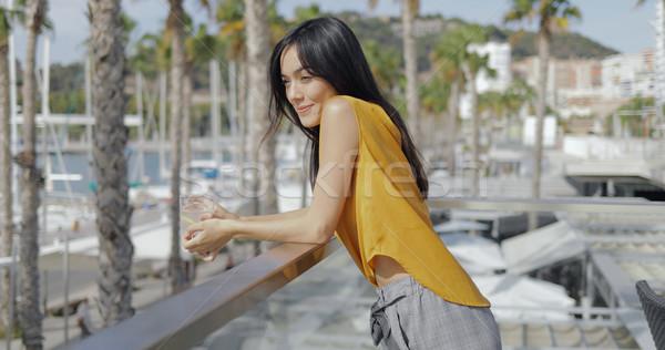 Romantikus nő élvezi üdülőhely fiatal modell Stock fotó © dash