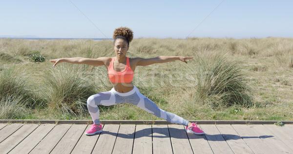 женщину тротуар йога Сток-фото © dash