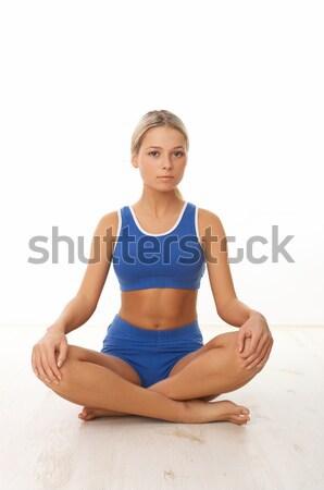 Fitnessz lány fiatal gyönyörű nő idő testmozgás Stock fotó © dash