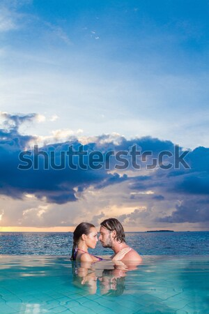 Maldivler romantik çift tek başına yüzme havuzu Stok fotoğraf © dash
