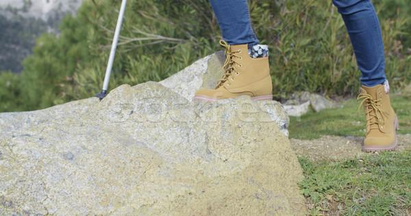 Aktív személy kirándulás kő terep visel Stock fotó © dash