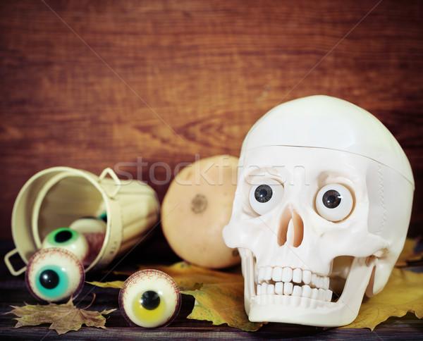 Hátborzongató koponya halloween édesség tökök buli Stock fotó © dashapetrenko