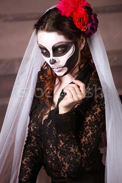 Foto d'archivio: Bella · donna · verniciato · scheletro · halloween · fiori · vernice