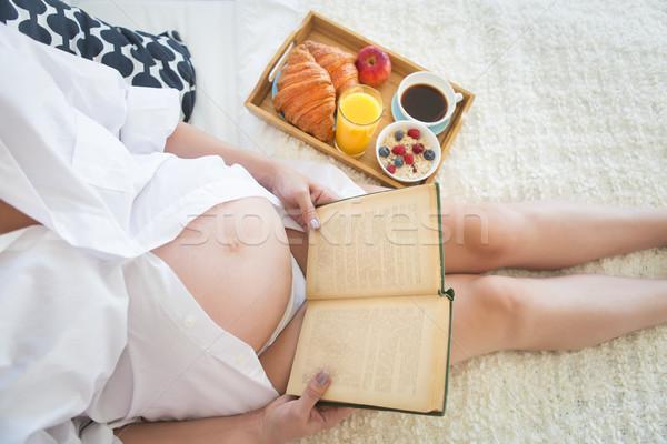 妊婦 朝食 コーヒー オレンジジュース 図書 オレンジ ストックフォト © dashapetrenko