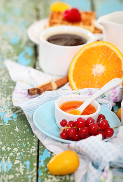 Photo stock: Délicieux · déjeuner · fraîches · café · fruits · rustique