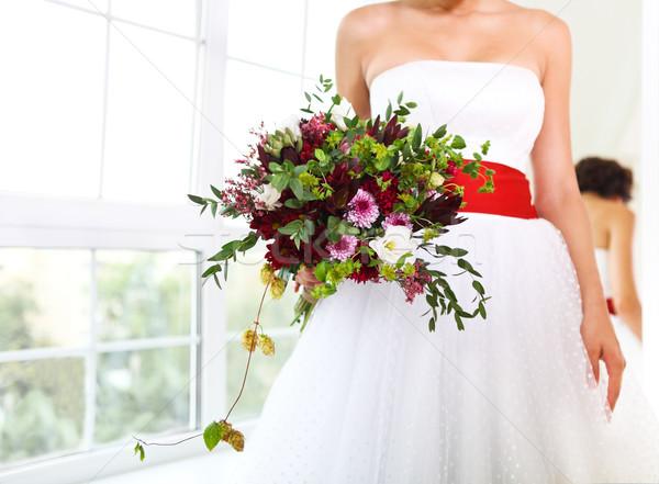 Szokatlan esküvői csokor kezek menyasszony nedvdús virágok Stock fotó © dashapetrenko
